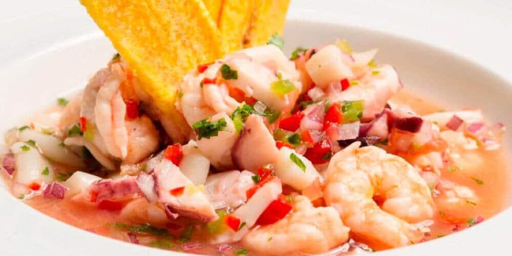 platos tipicos de la costa de Ecuador