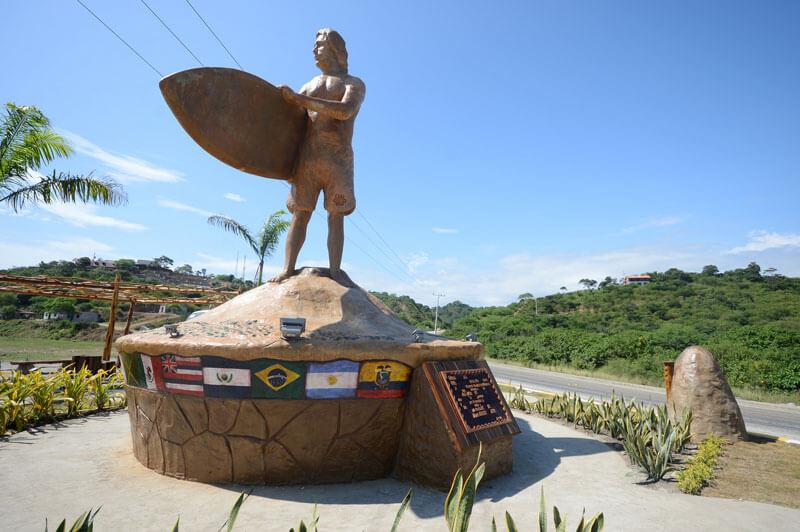 Monumento al surfista