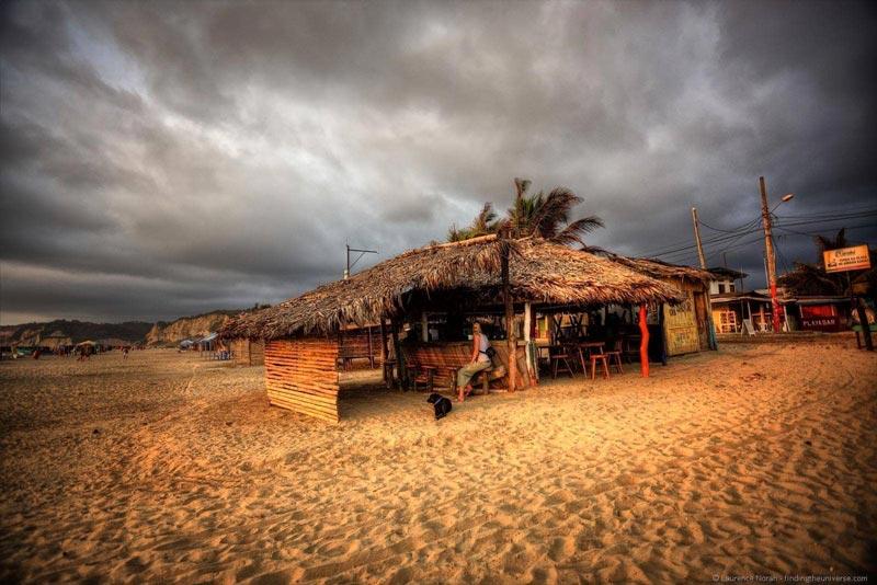 camping en playa canoa ecuador