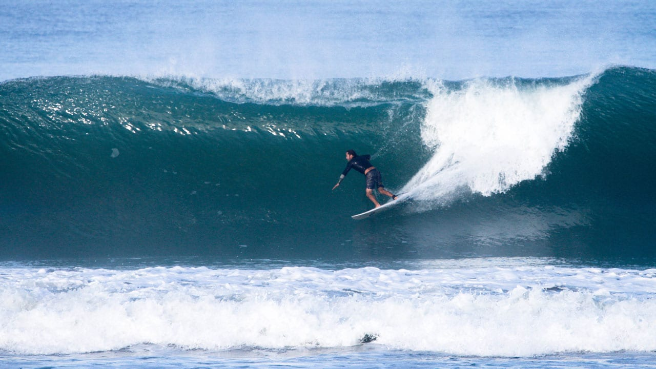 Playas para surfear en Ecuador y GalapagosPlayas para surfear en Ecuador y Galapagos